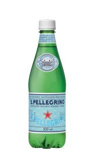 炭酸水のサンペレグリノ