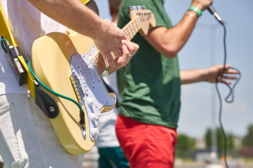 ストラトギターはfenderがおすすめ