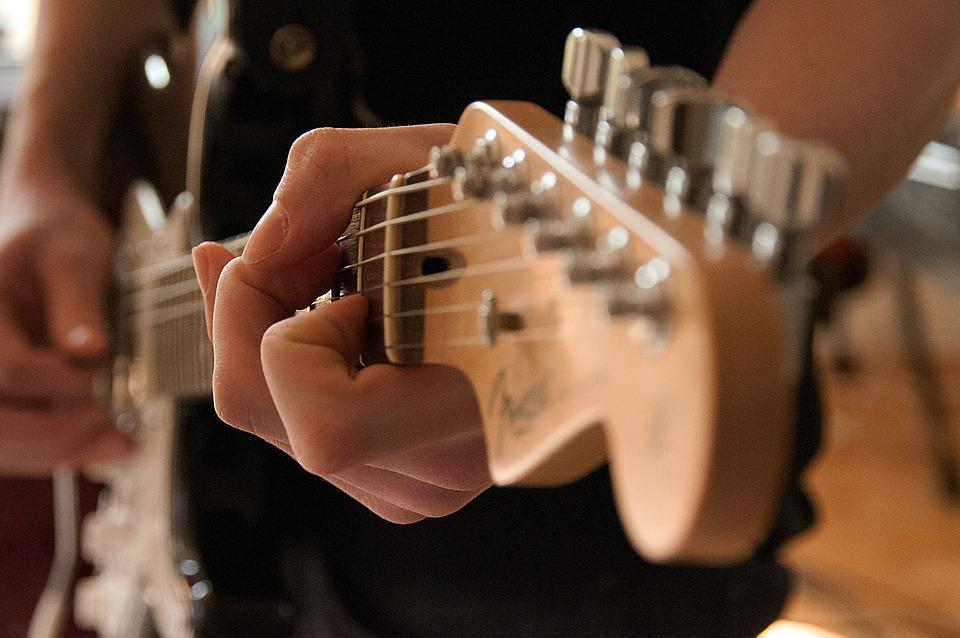 ギター弦のおすすめはダダリオ!弦の太さの選び方は?