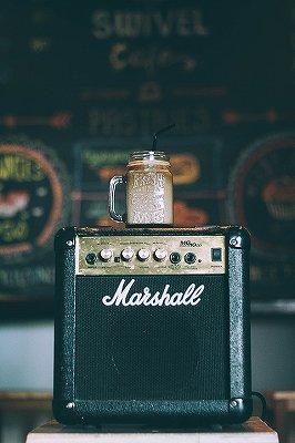 小型ギターアンプは練習用