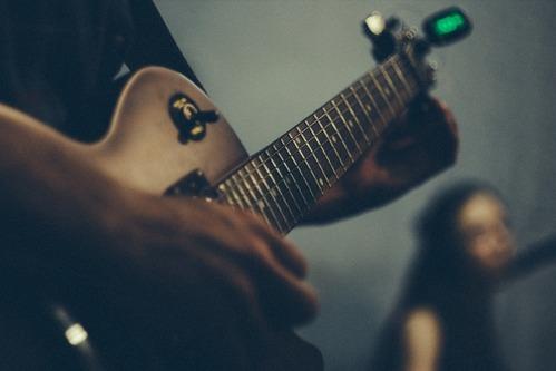 ギターチューナーの選び方