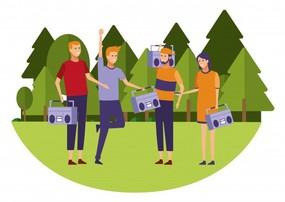 キャンプでラジオがおすすめ!手回しタイプやスマホ充電もできる