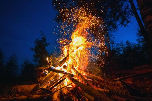 焚き火のスパッタシート