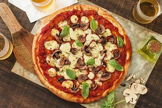 ピザとイタリアビール